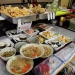 讃岐一番 - 天ぷら、お寿司、小鉢など 全部100円