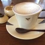 カフェ タブノキ - ジェラートのあとはコーヒーで一服♬