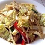 青い鳥のレストラン - 鶏せせりの野菜炒め