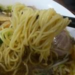 糀家 - 醤油麺の麺