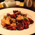 麻布長江 香福筳 - 大山地鶏のカリカリ揚げ 唐辛子と花椒炒め