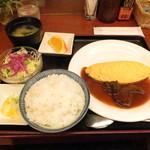 ラミ - ビーフシチューオムレツ定食:800円