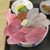 浜めし - 料理写真:三色丼(1,300円)