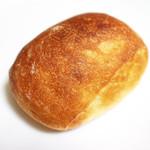 ベッカライ・ビオブロート - 料理写真:トーストブロート ヒェン (120円) '13 3月上旬