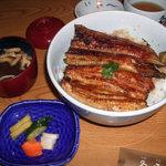 魚登久 - うな丼(特上サンド)