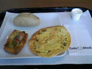 Cafe Madu ららぽーとTOKYO-BAY店