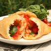 セ モア - 料理写真:Frizza マルゲリータ 400円/人気No1。とろ~りチーズとフレッシュトマトの黄金コンビ