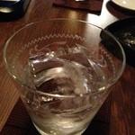 J's Bar - 氷がとてもキレイでした。