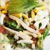 ル・パン・コティディアン - 料理写真:チキンコブサラダ with メスクラン、アボカド、ベーコン、ブルーチーズ、タマゴ