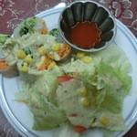 ボンベイ - アジアンセットの生春巻きサラダ