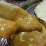 ボンベイ - アジアンセットのチキンカレー(激辛)とモッツァレラチーズナン