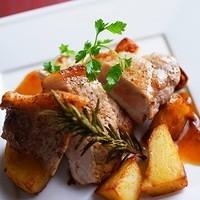 ◆バームクーヘンを食べて育った「蔵尾豚」のステーキ