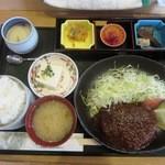 お食事処とりいち - ハンバーグ定食¥850(13年4月)