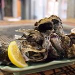 くいどうらく - 蒸し牡蛎