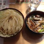 四方吉うどん - きのこ汁うどん並735円