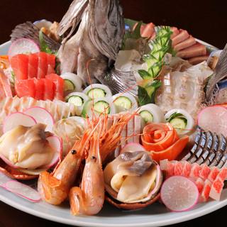 厳選!新鮮な魚貝類は刺身でも焼きでも絶品!