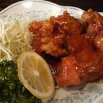 新華苑 - 料理写真:大きなザンキが三個。