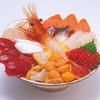 北のグルメ亭 - 料理写真:海鮮丼 海の幸をふんだんに盛り合わせた一番豪華な丼。