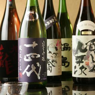 常時25種類以上の日本酒をご用意!