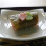 三芳家 - お茶菓子