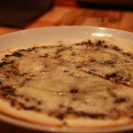 anea cafe - ゴルゴンゾーラと蜂蜜のピザ