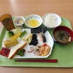 カフェテリアふじ - 朝食バイキング450円