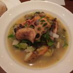 ラトリエ ド ルキャン - 信玄鶏のふき味噌焼き(ミネストローネ風)と天然酵母パン