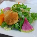 ビブラビテーブル - パスタランチのサラダ
