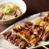 もつ焼き 栄司 - 料理写真:看板メニューはもつの串焼きと味噌仕立ての煮込み