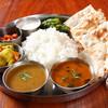マナカマナ - 料理写真:マナカマナでしか味わえない!!!ネパールの家庭味!!現地スタイルの「ダル・バート」1280円(1ドリンク付き)