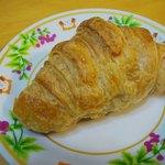 パン工房 ぶれっど - 天然酵母クロワッサン…160円