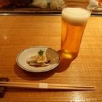 鮨 一二郎 - 料理写真:付き出し & 生ビール