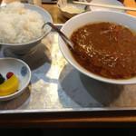 大沢食堂 - カレーラーメンとライス。