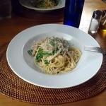 草花木果 - 本日のパスタ 豚肉と青菜のキクイモソース