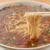 黄金の福ワンタン まくり - 料理写真:酸味の前に来る旨みが最高! 人気no.1のスーラー麺(580円)。激辛も女性に大好評