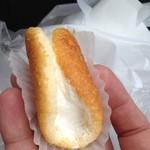 シロヤベーカリー - オムレット(35円)かわいい手のひらサイズで一口で食べられます。