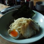 18515550 - 博多つけ麺大盛850円