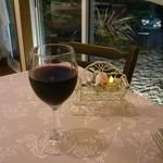 レストラン ラパン - ドリンク写真:ワイングラスにはハートが