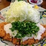 金光軒 - 霜降りロースかつ(150g)定食(おろしだれ)