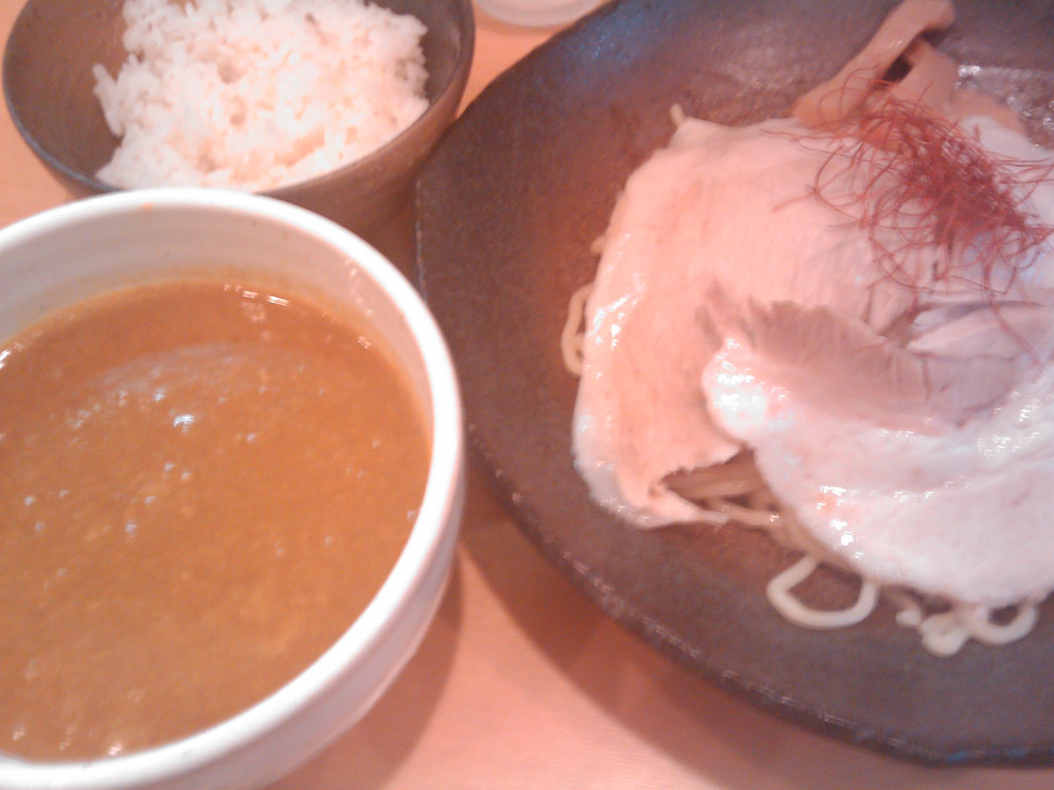 とろ肉つけ麺 魚とん