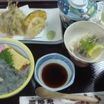 新富鮨 - 日立の地魚御膳 (久慈浜生しらす丼、地魚天ぷら、地魚南蛮漬け、茶碗蒸し、デザート付)