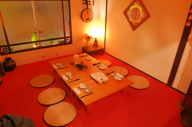 https://tabelog.ssl.k-img.com/restaurant/images/Rvw/18573/640x640_rect_18573585.jpg