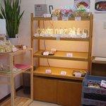 ぷりんのお山 - 店内(南側)