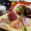 ふじ丸 - 料理写真:お刺身とあら煮の定食!毎日その日により変わる新鮮なお刺身とあら煮は絶品