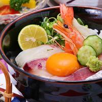淡路島の新鮮な魚介類を気軽に味合わえるメニューがたくさん