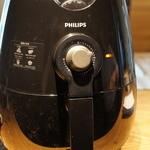 デュッセル - 2013.04 ソーセージは,最近購入したフィリップスのノンフライヤーで加熱してみます。