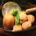 地酒喝采 かも蔵 - 軍鶏団子と里芋の煮付け