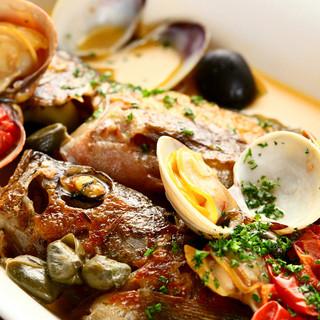 魚貝系イタリアンの定番!アクアパッツァ