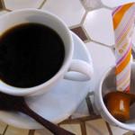 alii cafe - ランチ付属のドリンクにホットコーヒーを選択