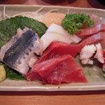 丸高食堂 - 料理写真:定食の刺身盛り合わせ